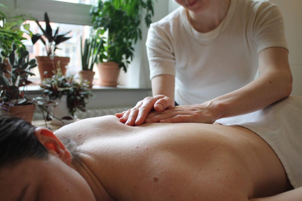 helkropsmassage