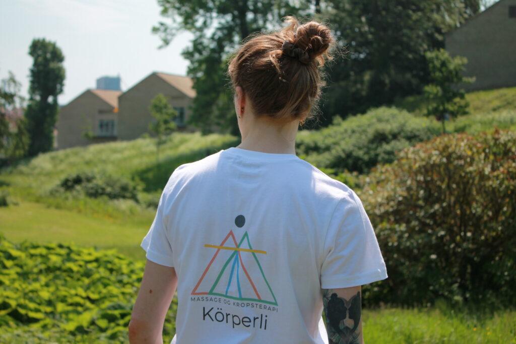massage t-shirt med logo